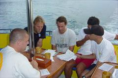 PADI IDC Staff mulitilingual support